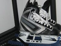size 8.5, 8 fit up to 10 shoe ccm skates