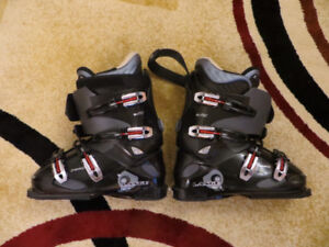 LANGE DOWNHILL BOOTS