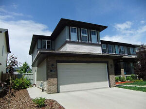End Unit Townhouse in Chappelle with Double Attached Garage!
