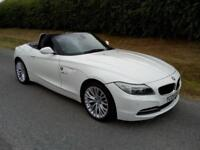 2009 BMW Z4 CONVERTIBLE 2.5i SDRIVE23i, PETROL, 6 SPEED MANUAL, WHITE, AIRCON