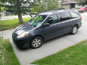 For sale - 2007 Toyota Sienna LE