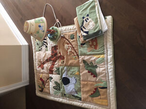 Baby beddingSelling quilt, bed skirt and matching lamp.  All in