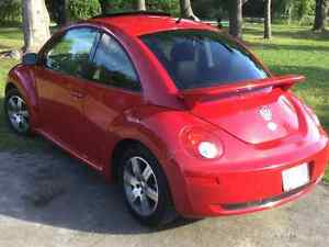 VW Volkswagen New Beetle TDI 2006 - Automobile  bien entretenue