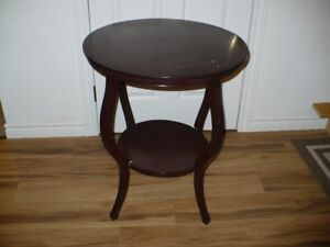 WINDOW TABLE FOR SALE