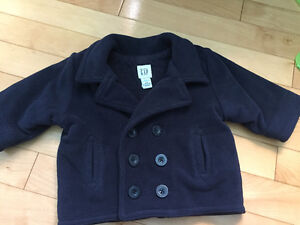 Manteau baby  GAP nouveau prix