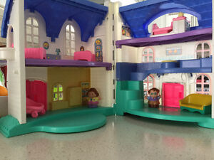 toy houses / maisons jouet