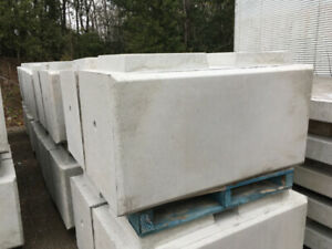 jumbo solid concrete blocks for retaining walls, flood barrier