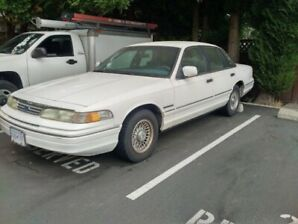 1994 Ford Crown Victoria Classic