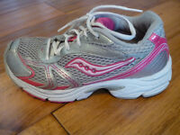 Girl's Saucony Running Shoes - size 3M