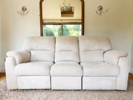 DELIVERY INCLUDED LIKE NEW 3 seater recliner sofa armchair, sofa suite