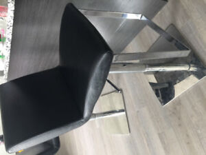 URGENT Moving Sale- Barstools chair