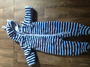 3-6 months boys lot with over 140 items Kitchener / Waterloo Kitchener Area image 9