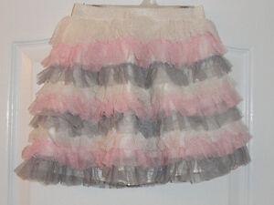 CHILDREN'S PLACE RUFFLED, TIERED TULLE SKIRT