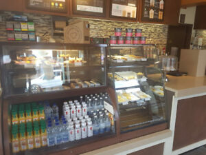 4 FT GRAB AND GO COOLER WITH MATCHING DRY PASTRY DISPLAY CASE