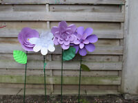 WHIMSICAL PAPER FLOWERS