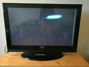43 inch TV with remote for only $50