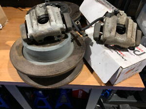 BMW E30 m3 rear callipers and rotors