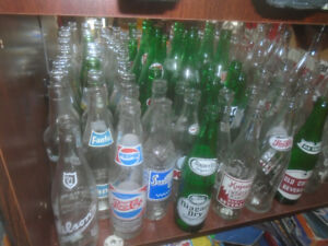 VARIETY OF VINTAGE 1960'S 70'S  GLASS  SODA POP BEVERAGE BOTTLES