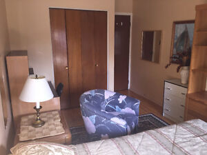 Room for rent (furnished) Pointe-Claire West Island Greater Montréal image 1