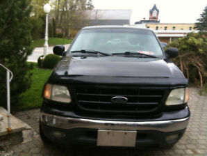 2001 Ford Pickup Truck