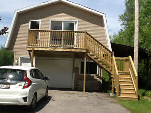 APARTMENT FOR RENT UNTIL JUNE 1, 2018 FOR WORKING PERSON