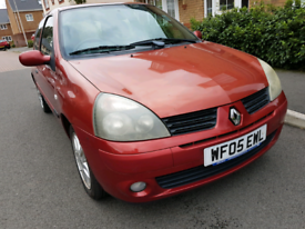 Renault Clio, only 73k ,New mot, tidy inside and out £695ono