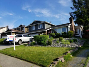 **REDUCED** West Abbotsford Beautiful 5 bedrom home