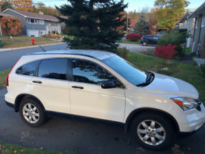 2011 Honda CRV AWD incl Winter Tires on Rims. Great Vehicle