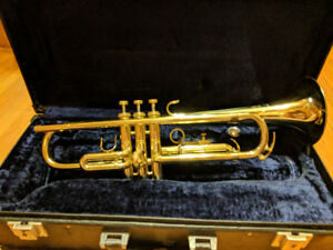 B&H 400 (Boosey & Hawkes) Student Trumpet Great condition!