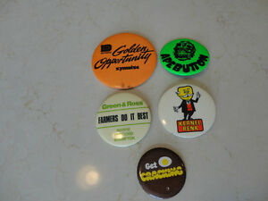 Set of 5 Vintage Button Pins - From 1976.  Very Old $23.00/all 5 Kitchener / Waterloo Kitchener Area image 1