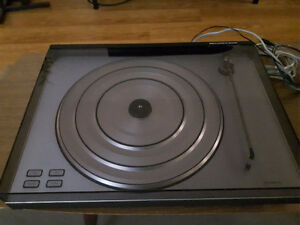 Bang & Olufsen RX turntable record player