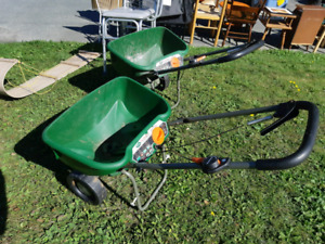 Scott's Turf builder  lawn spreader