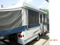 2006 Fleetwood Sun Valley 12 ft Tent Trailer (25 ft extended)