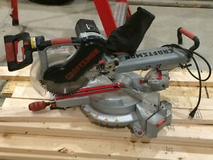 Compound mitersaw