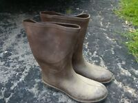 size nine rubber boots