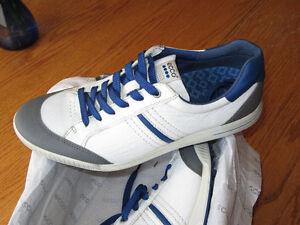 ECCO Men's golf shoes