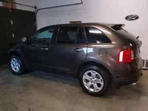 Must sell 2011 Ford Edge SEL AWD