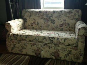 Loveseat hide-a-bed For Sale