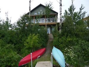 Brand-New Lake-Front Cabin at Struthers Lake