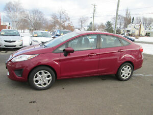 2011 Ford Fiesta SE Sedan AUTOMATIC TRADE WELCOME