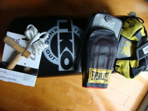 NEW EVERLAST TKO BOXING MMA LOT GLOVES HEAVY BAG PLUS EXTRAS