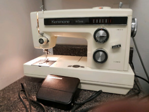 Kenmore 14 Stich Heavy Duty Sewing Machine.