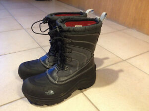 Boys Winter Boots - Size 6