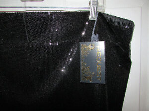 Black Sequin Mini Skirt - Size 14 - BRAND NEW Gatineau Ottawa / Gatineau Area image 2
