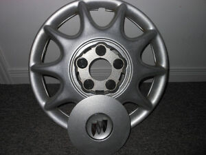 Hubcap Enjoliveur Wheel cover Buick 15 inch 9592348 Gatineau Ottawa / Gatineau Area image 2