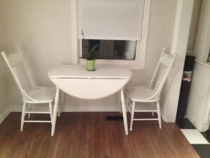 Rustic Dinning Table and Chairs London Ontario image 1