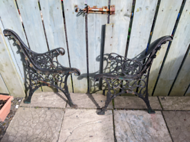 Garden cast iron seat ends