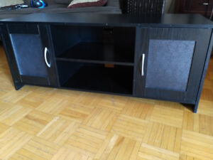Good condition TV stand, unit