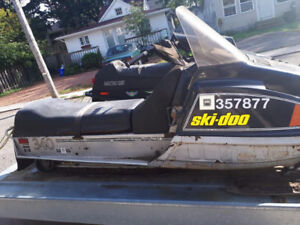 SKI DOO EVEREST  NO PAPERS LOTS COMPRESSION  NEW SEAT  550DOLLAR