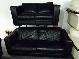Free delivery 🎅 black 3 and 2 leather sofa